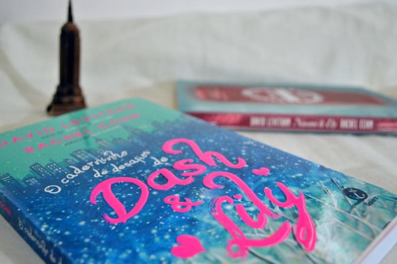 o-caderninho-de-desafios-de-dash-e-lily-david-levithan-rachel-cohn-minha-vida-literaria1